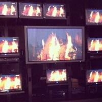 Quite cozy! || Bien à l'aise! #shawdirect #shawfirelog